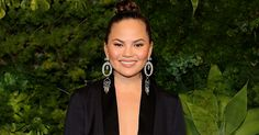 Chrissy Teigen's, Real Life Hero, Paid A Stranger's Tuition http://www.refinery29.com/2017/04/149169/chrissy-teigen-pays-womans-beauty-school-tuition?utm_campaign=crowdfire&utm_content=crowdfire&utm_medium=social&utm_source=pinterest