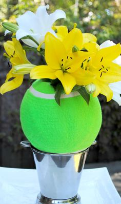 Jac o' lyn Murphy: Lily LOVE- A tennis inspired centerpiece