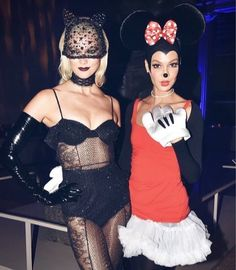 celebrity halloween costumes 2017 karlie kloss and joan smalls karliekloss joansmalls celebrity