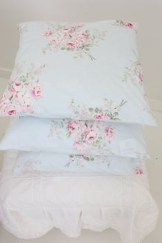 Beautiful bed linens in every bedroom.
