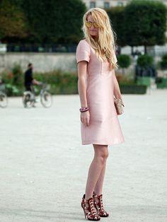 Bonjour, Paris: Taylor Aube