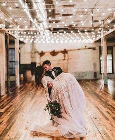 20 Magical Wedding Lights You Just Have To See #weddingreceptiondecor #nighttimeweddingdecor #weddingtwinklelights #weddingdress