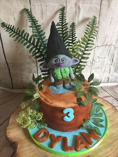 cake by the pound poppy and branch trolls cake ideas decor 2191
