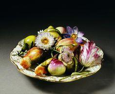 Ornamental dish, Coalport Porcelain Factory, c.1830.