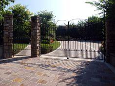 #appiaanticasrl #stone #pietra #palosco #bergamo #brescia #pavimenti #garden #flooring #wall #pavimenti #porfido #posa #flower
