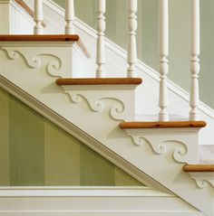 Decorative details on staircase (could be done with wooden apliques and some paint) Stairs Trim, Stair Brackets, Stair Decor, Wooden Stairs, Interior Stairs, Entry Hall, Staircase Design, Inspired Homes, Architecture Details
