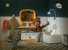 Miś Uszatek / Teddy Bear in Polish   http://youtu.be/A6P6MaYcNd8
