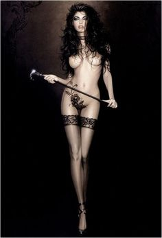 Обнажённая девушка с тростью - рисунки Майкла Мобиуса / Michael Mobius