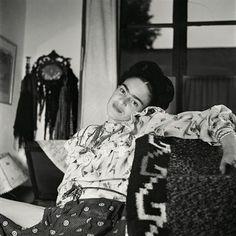 Frida Kahlo: The Gisele Freund Photographs from Dymocks online bookstore. The Gisele Freund Photographs. HardCover by Gerard De Cortanze, Gisele Freund, Lorraine Audric Diego Rivera, Natalie Clifford Barney, Frida E Diego, Frida Art, Tilda Swinton, Tanz Poster, Mexican Artists, Louise Bourgeois, French Photographers