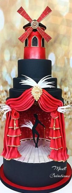 Le moulin rouge Cake