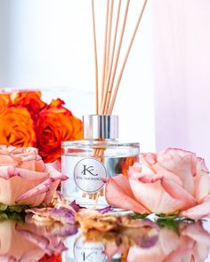 Luxury perfume reed diffusers in a variety of fragrances including those of your favourite perfume. Car Perfume, Perfume And Cologne, Pure Essential Oils, Essential Oil Diffuser, Candles For Sale, Aroma Diffuser, Home Fragrances, Fragrance Oil, Scented Candles