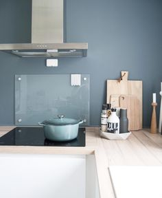 Now off for a Sunday stroll. Interior Design Boards, Modern Interior Design, Beautiful Kitchens, Cool Kitchens, Kitchen Interior, New Kitchen, Dining Room Design, Kitchen Design, Kitchen Stories