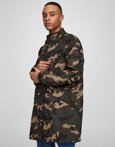 Pull&Bear - hombre - ropa - abrigos y cazadoras - parka camuflaje estilo militar - kaki claro - 05751509-V2017