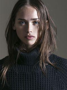 Elite Model, alfadolls: Carolina Sanchez