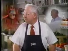 The late Dave Thomas, who passed away in 2002, founded Wendy's & went on to be featured in over 800 different ads for Wendy's. Another fun fact, Dave Thomas got his start with KFC in the 1960's and helped its success by coming up with their Chicken Bucket and convincing Col. Sanders to star in his own commercials. He went on to sell his shares back to Colonel Sanders for 1.5 million in 1968 to finance his own restaurant - Wendy's. #1990s #90s #retro #television