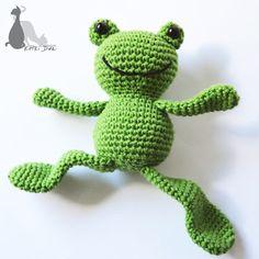 Crochet Frog, Crochet Turtle, Crochet Baby Toys, Crochet Doll Pattern, Crochet Animals, Free Crochet, Crochet Patterns, Stitch Head, Amigurumi Doll