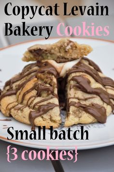 Amazing, rich, thick and fudgy cookies! This recipe only yields 3 cookies so it's very tiny freezer-friendly, and very inexpensive. Levain Bakery, Dessert For Two, Baking Flour, Dark Chocolate Chips, Cream Cake, Baking Ingredients, Tray Bakes, Cookie Dough, My Recipes