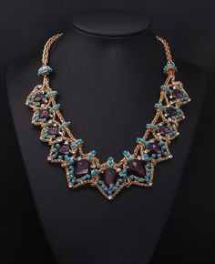 China glass stone women chunky bib necklace wholesale