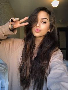 Makeuphall Is Dedicated To Beauty Fashion And Makeup Beauty in measurements 901 X 1200 Cute Brunette Hairstyles - Cute Hairstyles For Short Hair contain Maggie Lindemann, Beauty Makeup, Hair Makeup, Hair Beauty, Hair Inspo, Hair Inspiration, Photo Pour Instagram, Pretty Hairstyles, Latest Hairstyles