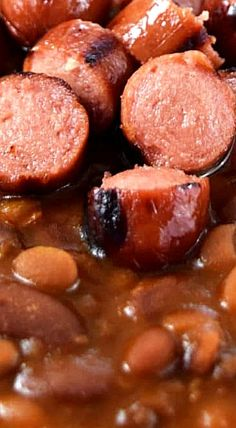 Hot Dog and Hamburger Cowboy Beans will knock your socks off with unbelievable flavor and amazing taste! Baked Bean Recipes, Hot Dog Recipes, Beef Recipes, Cooking Recipes, Hot Dogs And Beans, Beef Hot Dogs, Pork And Beans Recipe, Pork N Beans, Amigurumi