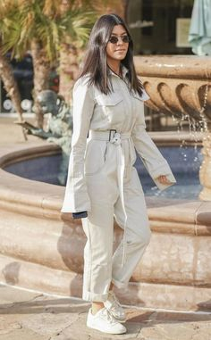 Kourtney Kardashian: The Big Picture: Today's Hot Photos Kylie Kardashian, Estilo Kardashian, Kardashian Style, Kourtney Kardashion, Alexander Mcqueen, Celebrity Style Inspiration, Warm Weather Outfits, Celebrity Outfits, Photos Tumblr