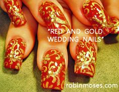 Game of Thrones - Lannister nails. Or at least they should be. Tutorial: http://www.youtube.com/watch?v=cljclLJ_-R0