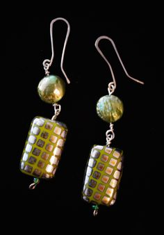 Handmade by Synnøve Dolven, earrings, silver Silver Work, Beading, Jewelry Making, Drop Earrings, How To Make, Handmade, Fashion, Moda, Bead