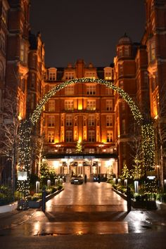 St Ermin's Hotel, London. This is where I'm going to stay.