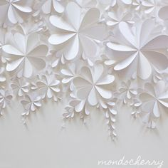 Diy Paper Hearts Origami Ideas For 2019 Large Paper Flowers, Paper Flower Wall, Paper Flower Backdrop, Giant Paper Flowers, Diy Flowers, White Flowers, Diy Paper, Paper Crafting, Paper Artwork