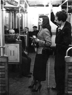 Marc and Christiane Chevalier in the Paris Metro 1953 - Paris in the and by Robert Doisneau Figure Photography, Urban Photography, Color Photography, Film Photography, Minimalist Photography, Robert Doisneau, Vintage Photographs, Vintage Photos, Image Paris