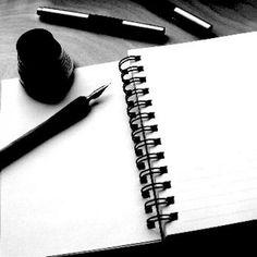 Textos, poemas e frases de minha autoria. Tento escrever meus sentimentos, alguns acontecimentos, descrevo paisagens em palavras, as vezes descrevo os meus sonhos. Uma forma de expressar uma dor, um acontecimento ruim ou bom, é colocando no papel. Cada palavra é parte de mim que fica no papel, é uma forma de quem estiver lendo absorver um pouco da minha essência. #amar #amor #das #escrever #o poder das palavras #palavras #poder #poemas #poesia #texto