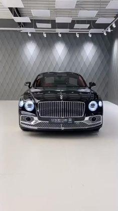 Bentley Flying Spur, Luxury Car Rental, Luxury Sports Cars, Luxury Yachts, Luxury Living, Rolls Royce, Luxury Travel, Luxury Lifestyle, Cool Cars