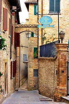 Montone, Italy, Umbria - Lovely little hill top town near our Farmhouse. Umbria Italy, Tuscany, Italian Paintings, Italy Images, Italian Village, Italian Street, Italy Painting, Little Italy, Islamic Architecture