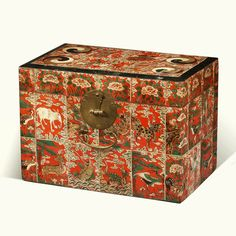 Joseon Dynasty (Late 19th-Early 20th century) Box with Ox Horn Ornament #DecorativeKoreanArt