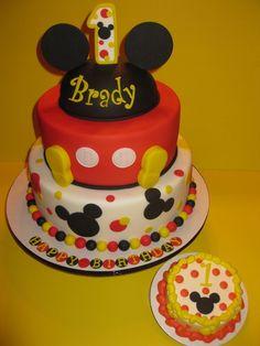 Bradys 1st Birthday Mickey Mouse Cake &amp Smash cakepins.com