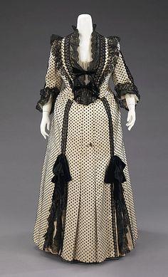 Dinner Dress 1880-1890  House of Worth