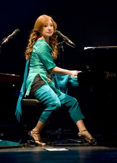 tori amos live, from her night of hunters tour (2011)