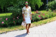 Godmother outfit Tory Burch shirt D&G dress ray ban mirrored sunglasses
