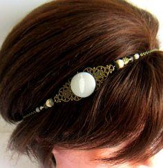 Headband bronze gris et blanc, bijou de tête, collier, plume, cabochon en tissu, turquoise blanc, cristal,verre : Accessoires coiffure par color-life-bijoux