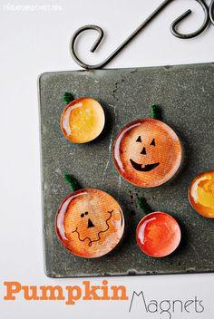 77 Creative Pumpkin Crafts for Halloween and Fall Décor - Pumpkin Magnets using flat marbles :)! Diy Pumpkin, Pumpkin Crafts, Fall Crafts, Holiday Crafts, Holiday Fun, Crafts For Kids, Diy Crafts, Pumpkin Jack, Pumpkin Ideas