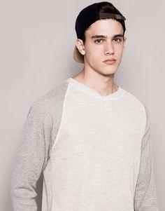 #pullandbear #tshirt #homewear #cuellopanadero