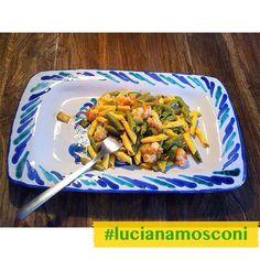 #Garganelli paglia e fieno con #pomodorini, #zucchine, #gamberetti, #pecorino toscano e #prosecco - foto inviataci da Vanda da #Codroipo #OggiLucianaMosconi #LucianaMosconi #pasta