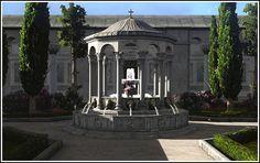 Hagia Sophia (Constantinople, Byzantine Empire)