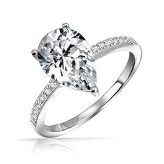 Pear shaped engagement ring..simply gorgeous