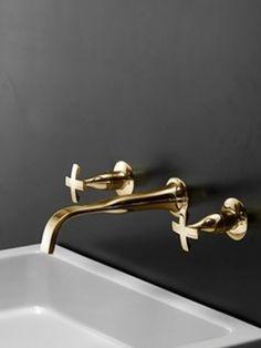 Gold faucets!  www.arizonasrealty.com