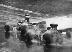 Niki Lauda (Ferrari y Jacky Ickx (Lotus # Race of Champions Brands Hatch [carrera fuera de Campeonato] Le Mans, F1 Motorsport, Lotus F1, Sports Magazine, The Golden Years, Road Racing, Auto Racing, Victoria, Formula One