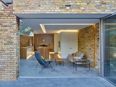 A proto-typical solution that shows even the smallest architectural projects can be transformational. The existing large three storey terraced property,..