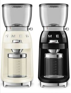 SMEG Retro Style Aesthetic 120V Coffee Grinder Krups Coffee Maker, Best Coffee Grinder, Double Espresso, Espresso Coffee, Puffy Eyes, Coffee Beans, Retro Style, Retro Fashion, Electric