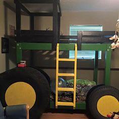 john deere bunk bed traktor rom pinterest lit lit tracteur og lit enfant. Black Bedroom Furniture Sets. Home Design Ideas