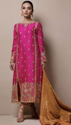 Meraki My pins Shadi Dresses, Pakistani Formal Dresses, Pakistani Dress Design, Indian Dresses, Indian Outfits, Dress Formal, Pakistani Fashion Party Wear, Pakistani Wedding Outfits, Bridal Outfits